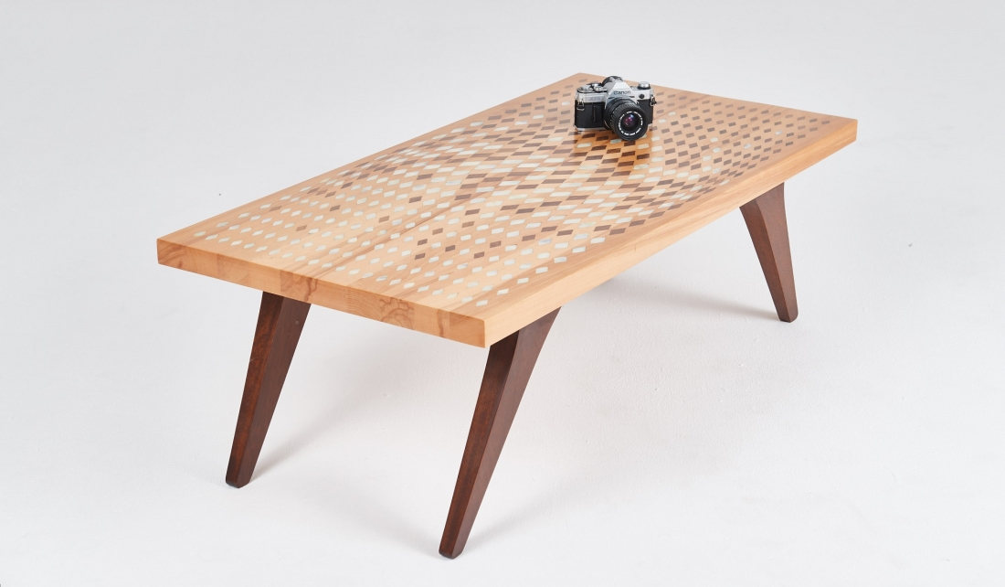 Wave rosewood and mother of pearl table