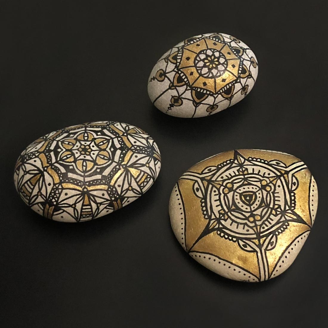 Arabesque Pebble Art Set of 3