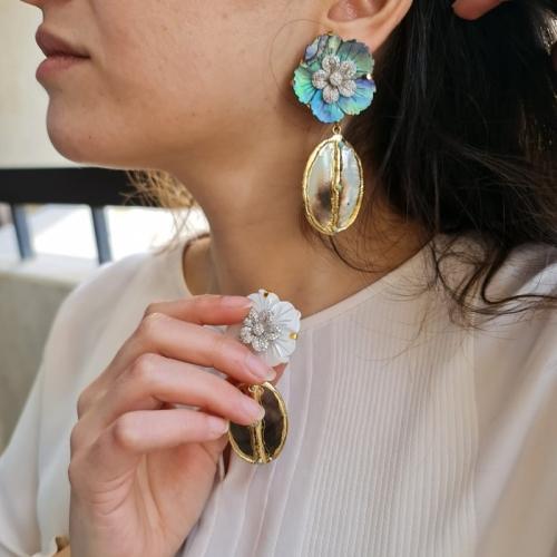 Mix & Match MOP w/turqouise Earrings