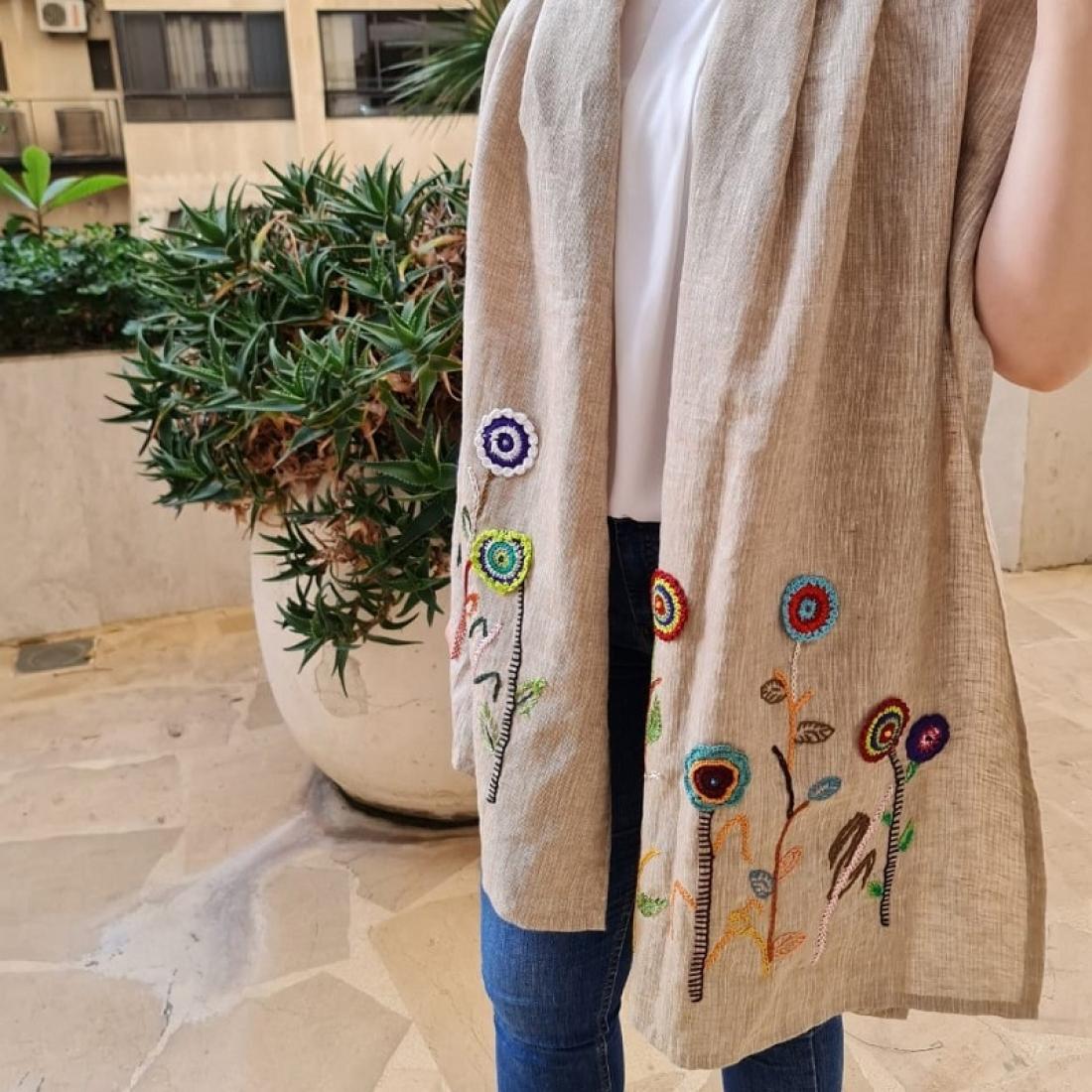Crochet Flowers Linen Foulard